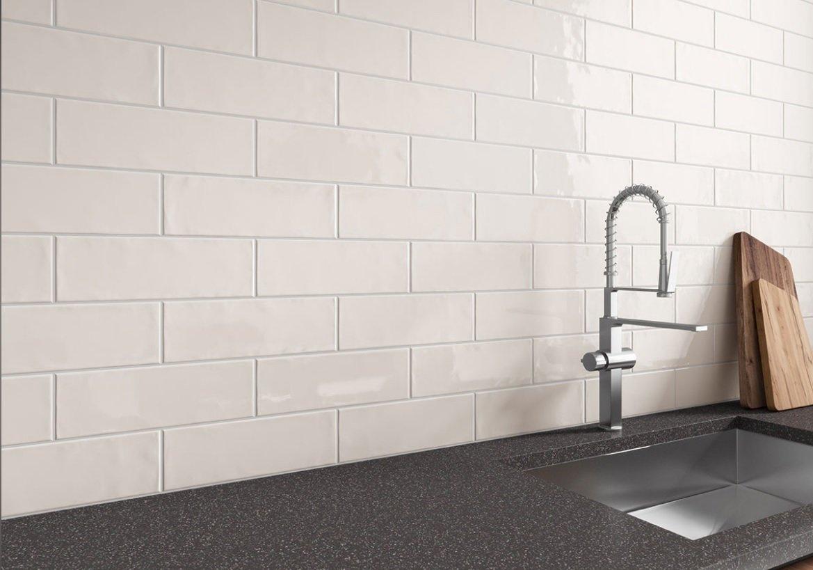5 Popular Designs for Ceramic Subway Tiles