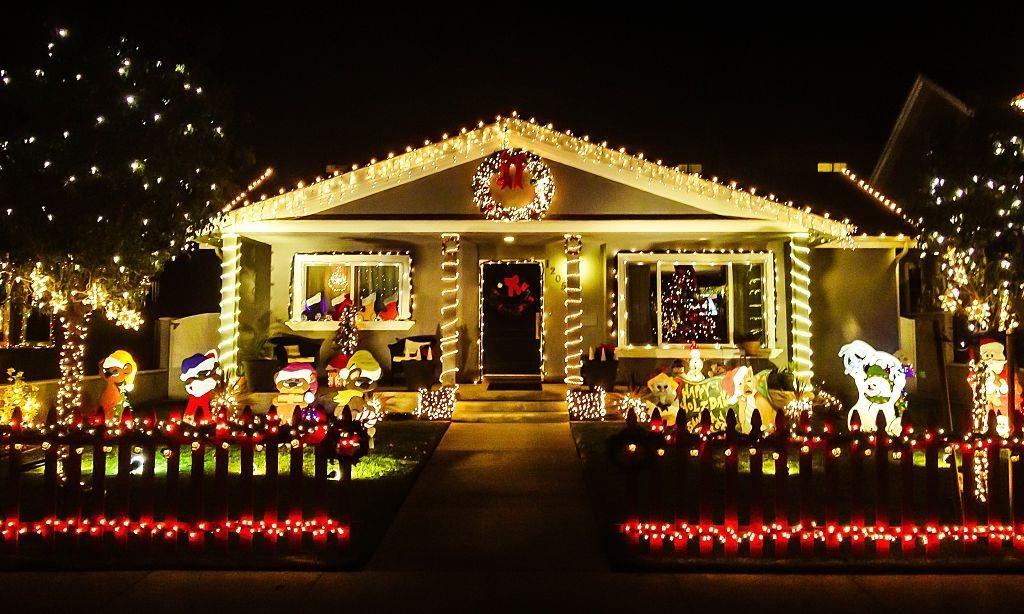 Best Holiday Lights - Vmanoo Solar Powered Lights