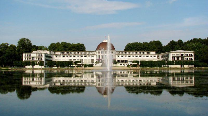 Best Luxurious Water Park Hotels
