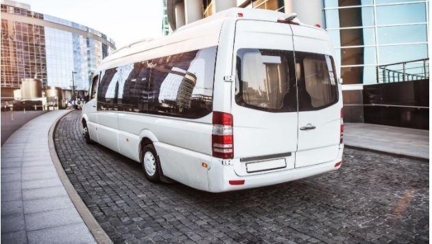 minibus hire companies