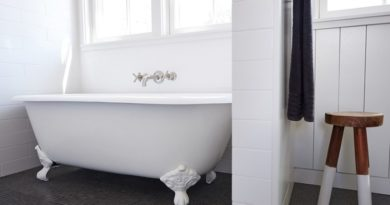 Clawfoot tub refinishing kit