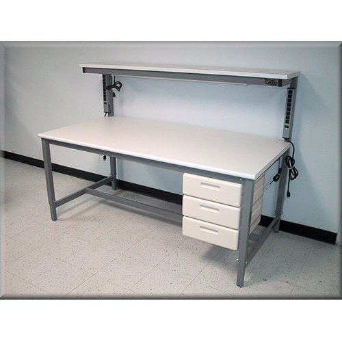 Cleanroom work benches