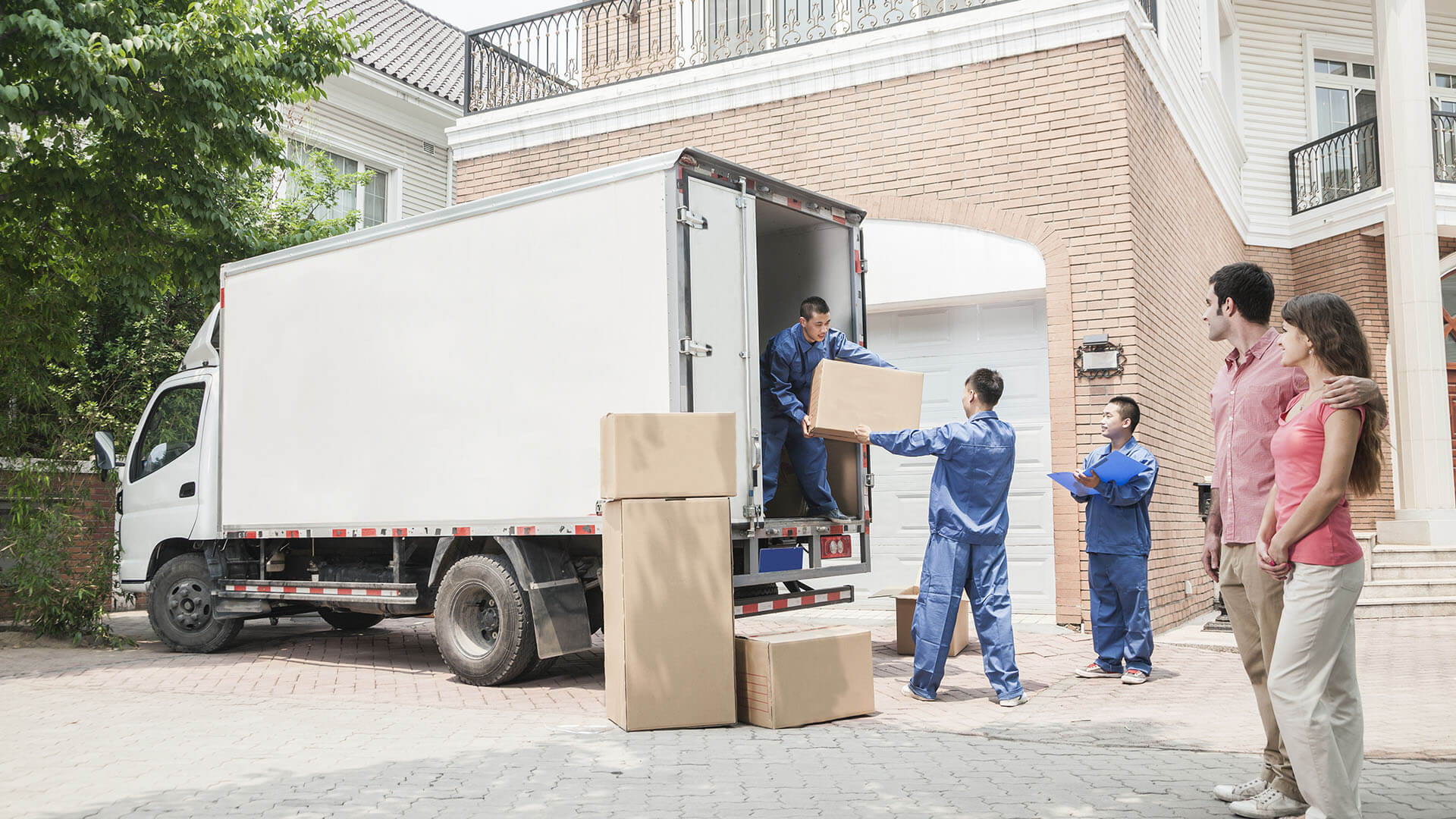 Looking To Save Some Bucks? Hire A Budget Moving Company