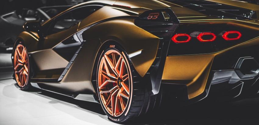 Renting Vs. Buying Luxury Cars