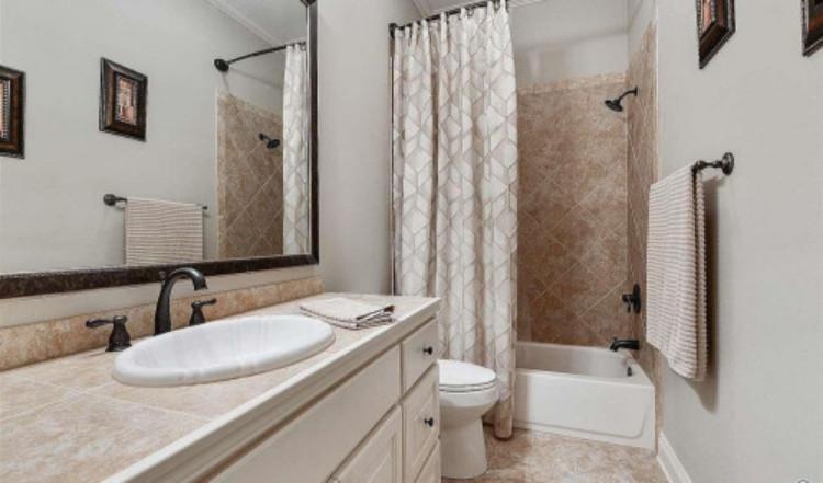 bathroom remodeling contractors in Los Angeles