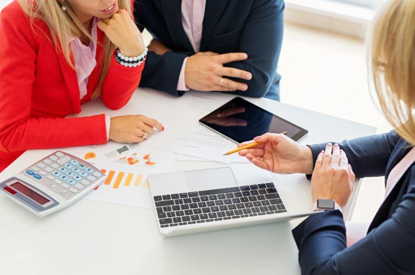 Financial-Advisors