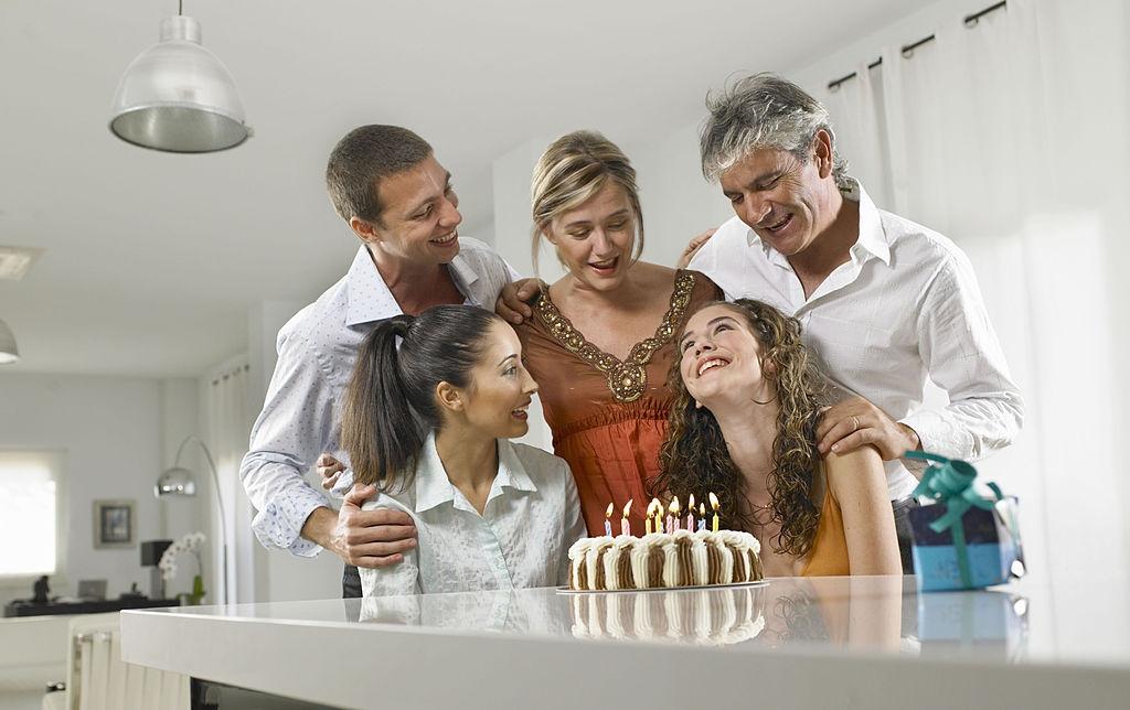 sisters bday cake