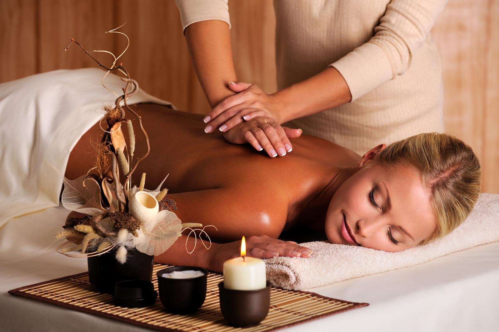 hot stone and lymph drainage massage
