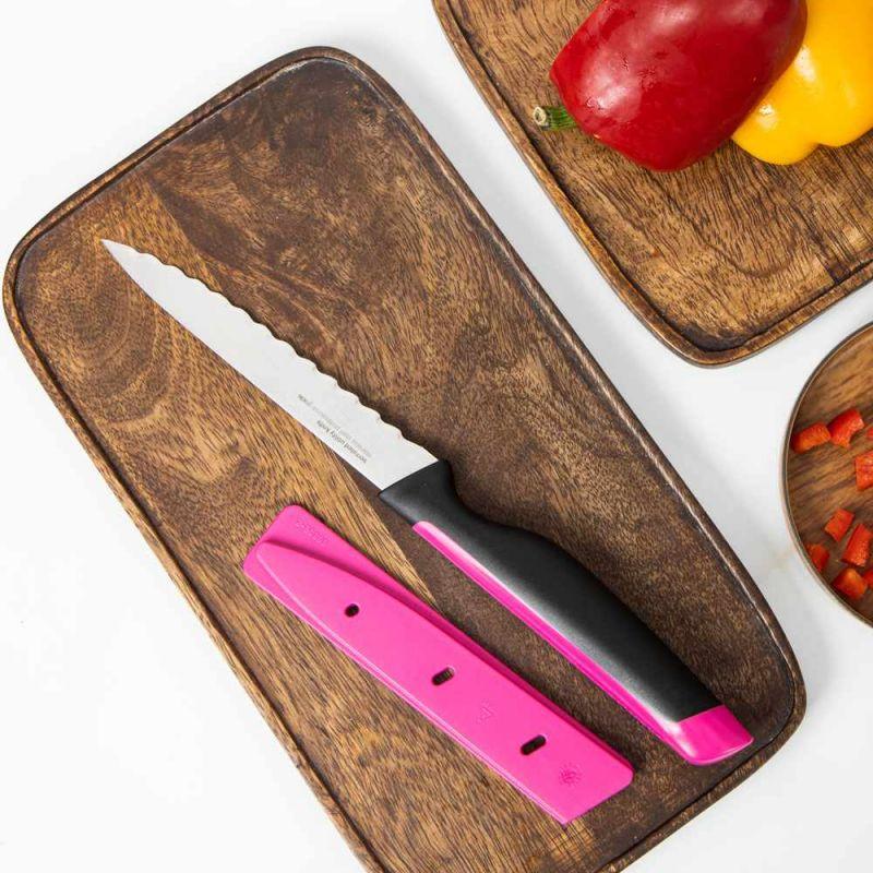 kitchen knives