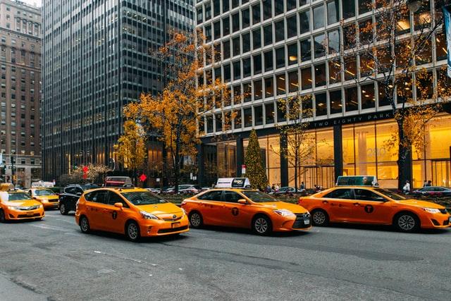 manali-taxi.com