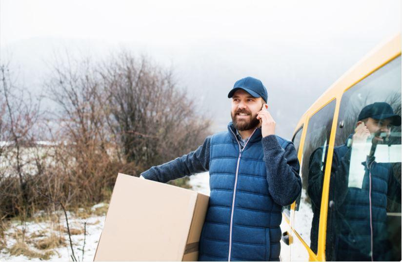 Delivering-Customer