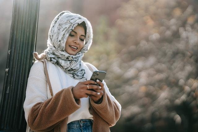 Muslim Youth Clothing In Canada