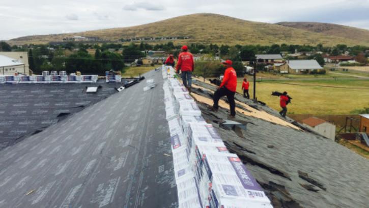 roofing contractors in Huntington Park
