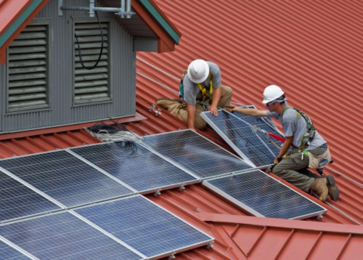 roofing contractors in Sunland
