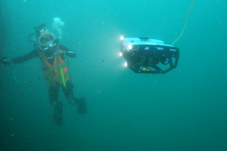 Best Underwater ROVs