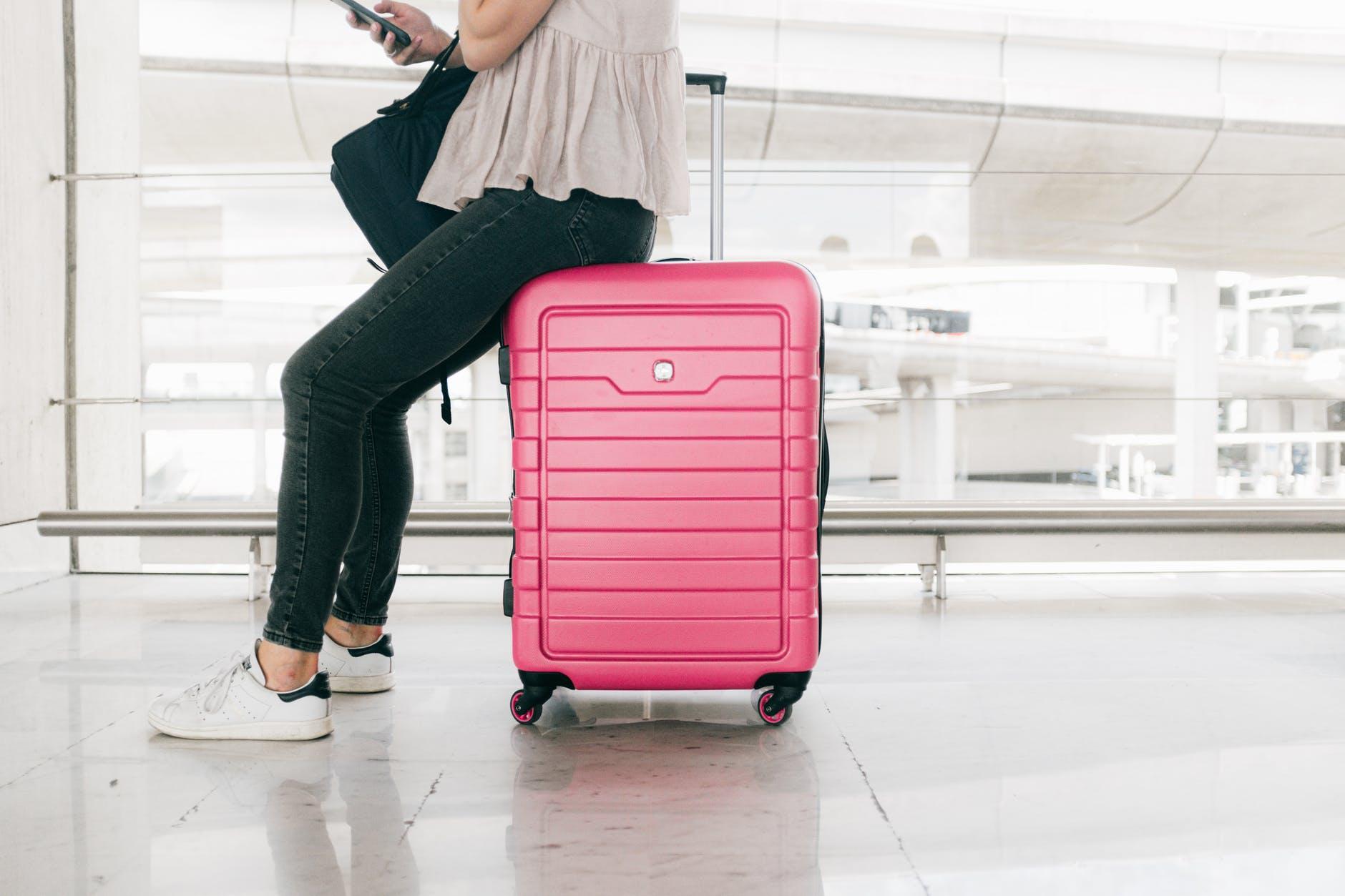 zip money luggage